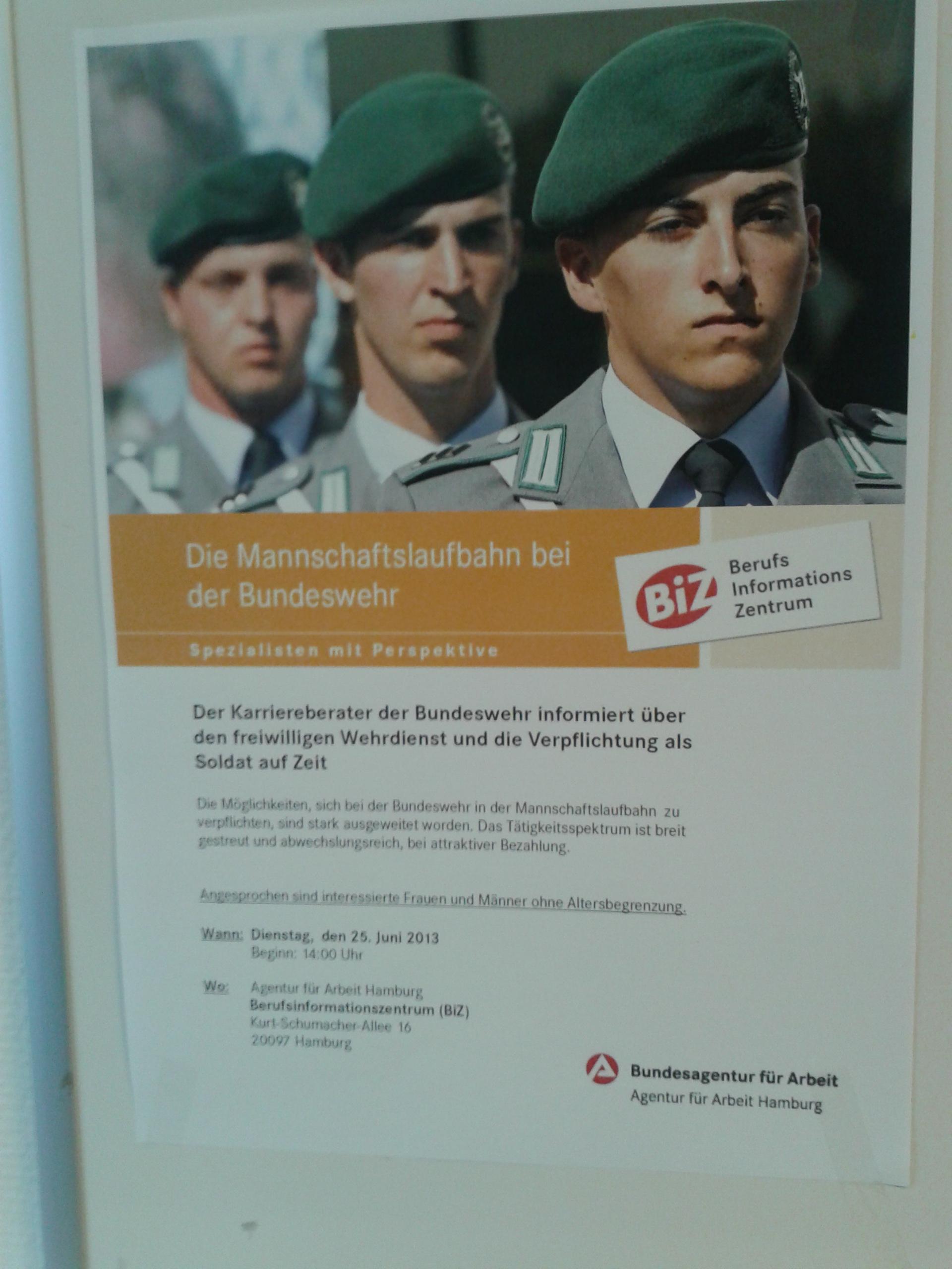 Werbeplakat der Bundeswehr und des BIZ Hamburg